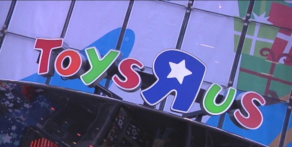 Toys 'R' Us CEO Dave Brandon on the hot toys of the year and retailers gearing up for the busy holiday shopping season.