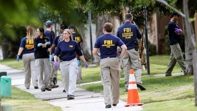 Were there warning signs before the San Bernardino shooting?