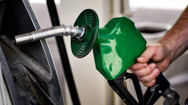 Cheap gas finally helping the U.S. economy?