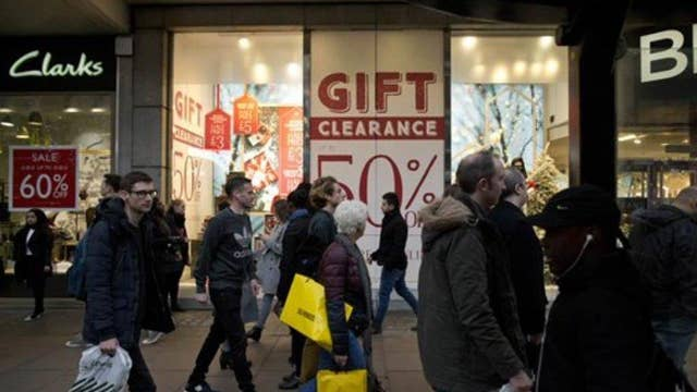 Consumers vs retailers: Who wins the holiday rush?