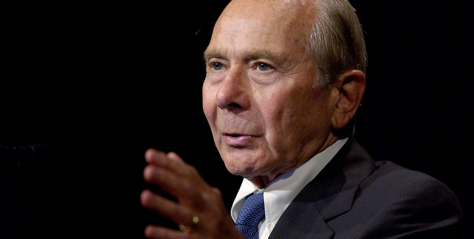 FBN's Charlie Gasparino says former AIG CEO Hank Greenberg told FBN his company contributed $10 million to the Bush PAC, not him personally.