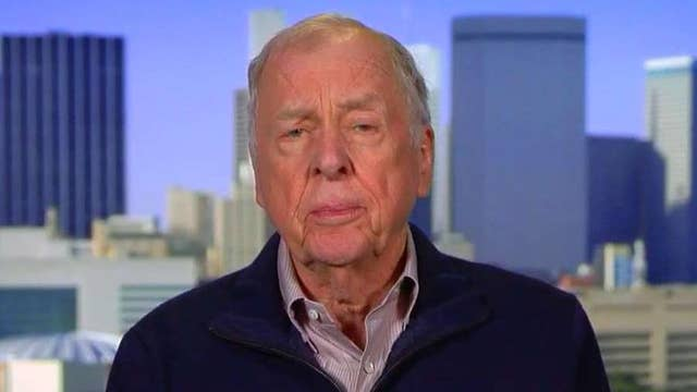Pickens: Oil will move substantially higher by years end