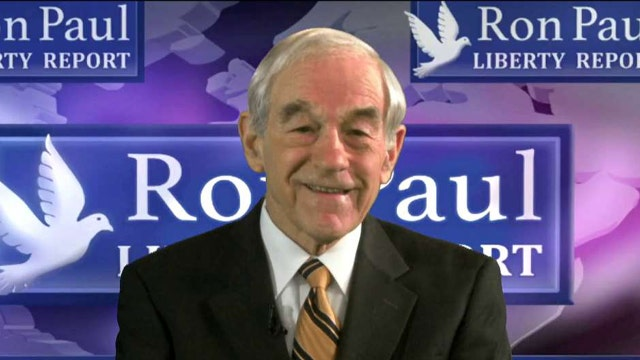 Ron Paul: Hillary Clinton deserves to be indicted