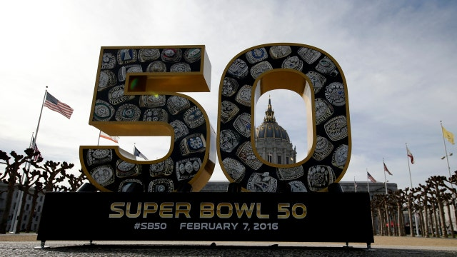 Celebrity chef Marc Murphy whips up Super Bowl munchies