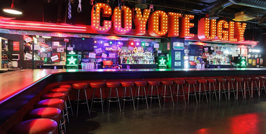 FBN's Charles Payne on the success of Coyote Ugly Saloon.