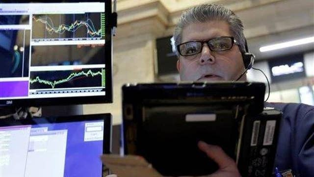 How investors should play the markets wild swings