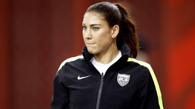 Hope Solo considers skipping 2016 Olympics over Zika virus
