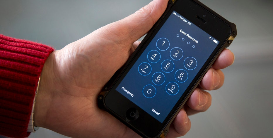Manhattan District Attorney Cyrus Vance, Jr. weighs in on Apple's encryption battle with the government.