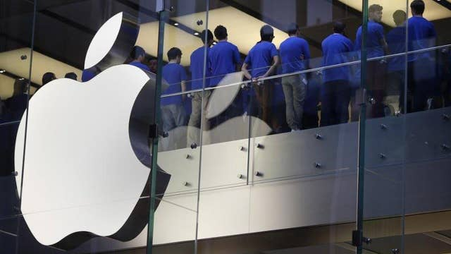 Double standard in Apple's handling of China, U.S. government?