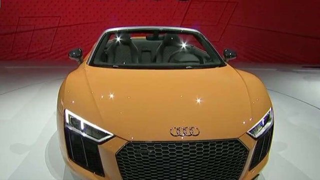 Audi's R8 Spyder wows at New York Auto Show