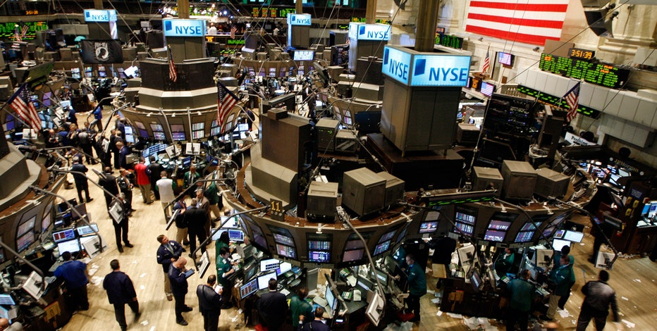 MAXfunds.com Co-Founder Jonas Max Ferris and Leeb Capital Management CEO Stephen Leeb weigh in on the state of the stock market in 2016.