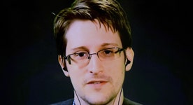 A sneak peak of Oliver Stone's Snowden movie
