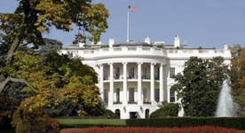 How do U.S. presidents hand off power?