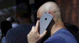 Apple sees first revenue decline in 13 years