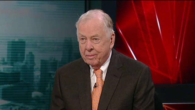 T.Boone Pickens: Oil will go up to $50 a barrel