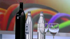A Wi-Fi connected bottle that keeps wine fresh for 30 days