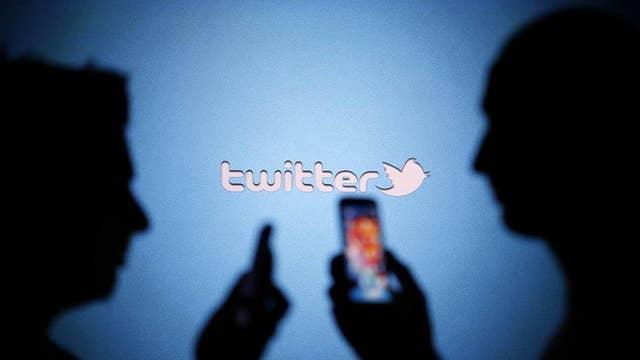 Twitter cuts off feds