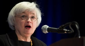 Fed minutes: June rate hike still on the table
