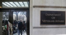 Senator Blunt: VA secretary should resign