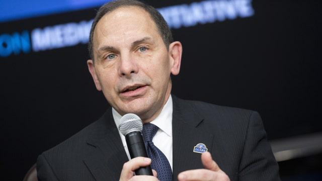 VA secretary compares vets awaiting care to ride lines at Disney