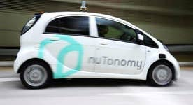 Signapore rolls out first self-driving taxi