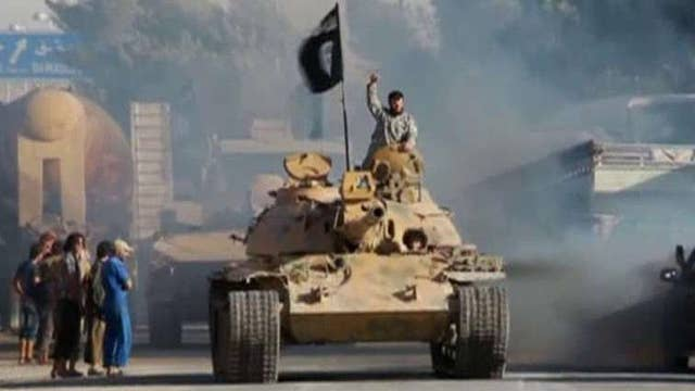 Fmr. CIA analyst on U.S. airstrikes against ISIS