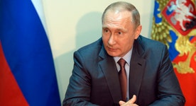 Putin travels to Crimea as Russia-Ukraine tensions grow