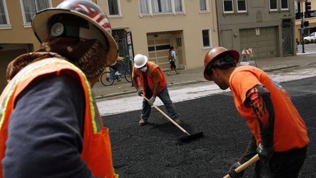 Feldstein: Don't need an infrastructure program to stimulate the economy