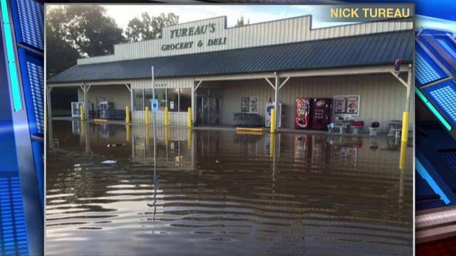 Louisiana store owner calls for govt to offer more flood help