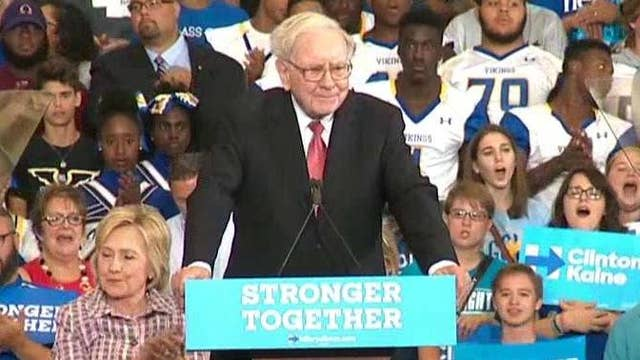 Buffett challenges Trump to tax return face-off