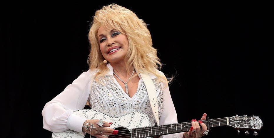 Musician Dolly Parton on her new tour and latest album 'Pure and Simple.