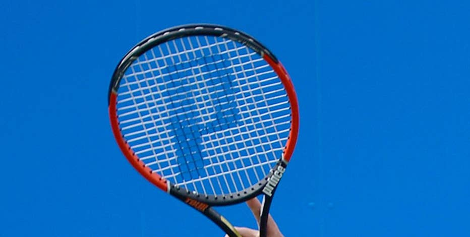 Former professional tennis player Tracy Austin gives the FOX & Friends and Mornings with Maria shows and FNC's Sean Hannity tips for improving their serve.
