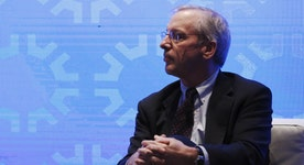 Fed's Dudley: Would put more weight on jobs numbers than GDP numbers