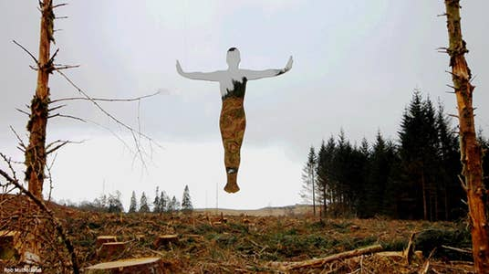How One Artist is Creating 'Invisible Statues'