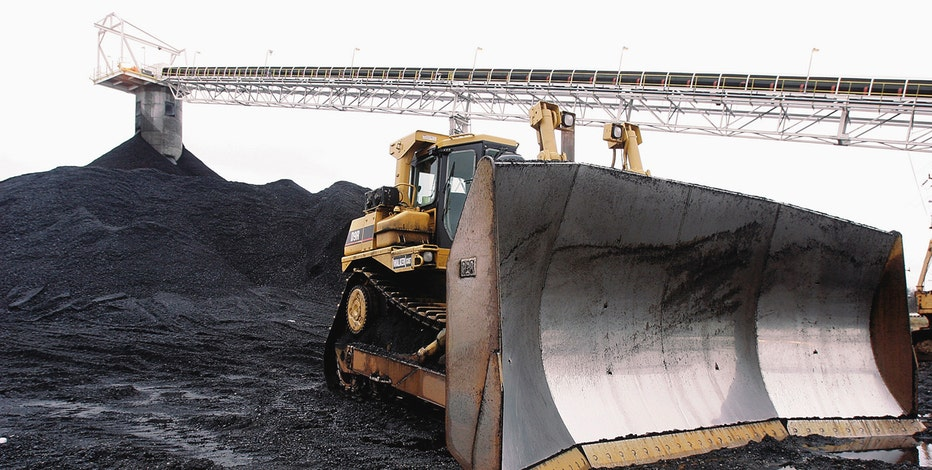 Murray Energy founder Robert Murray on Hillary Clinton's stance on the coal industry.