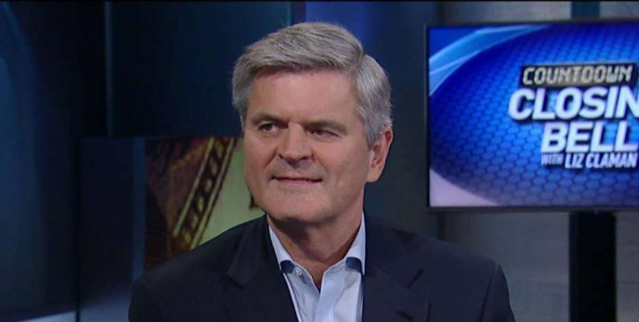 Steve Case, co-founder of AOL, said Hillary Clinton's policy ideas will be best for American businesses and entrepreneurs.