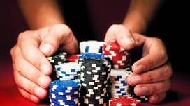 Betting on elections: are gamblers better predictors than the polls?