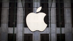 Marketingzen CEO Shama Hyder weighs in on Apple emerging as a major player in the ATT-Time Warner takeover deal.