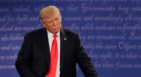 Did Trump reach out to independents during the second debate?