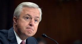 Wells Fargo CEO John Stumpf retires