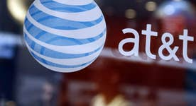 AT&T takes aim at cord cutters