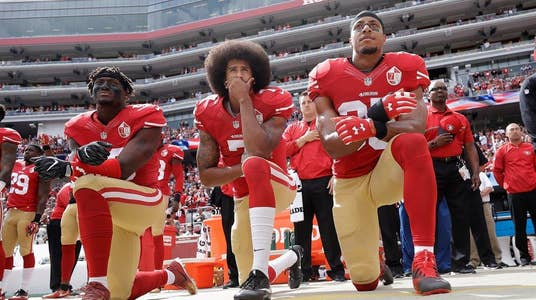 Lou Holtz: Kaepernick Has 'Right' to Take Knee, But Doesn't Mean It's Right