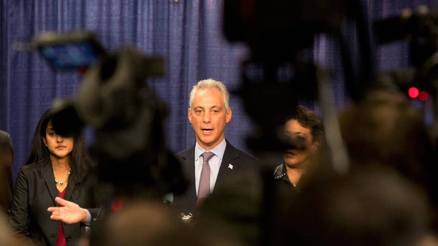 FBN's Jeff Flock reports on Chicago Mayor Rahm Emmanuel responding to President Donald Trump's proposal to crack down on sanctuary cities.