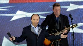 Lee Greenwood: Honored to perform for Trump