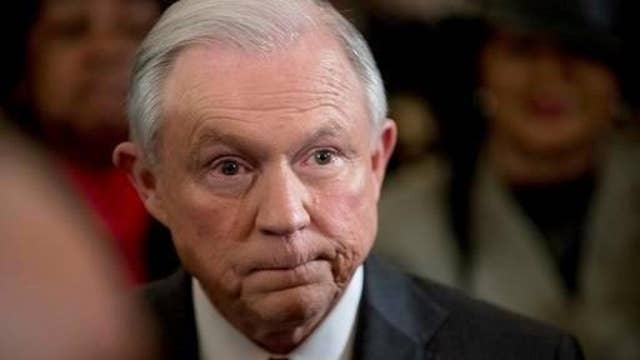 Sessions: I would recuse myself from Clinton email  investigation