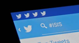 Ex-CIA analyst on fighting ISIS online
