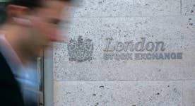 Gaspo: Bankers say ICE, Singapore exchanges could bid for London Stock Exchange