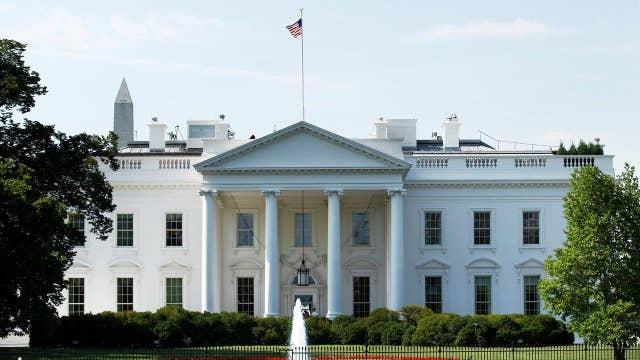 White House cracks down on leaks