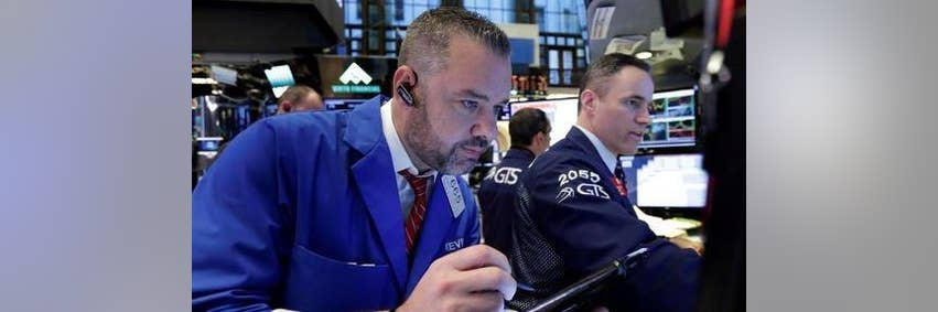 Wesbury: Dow Will Hit 23,700 by the End of 2017