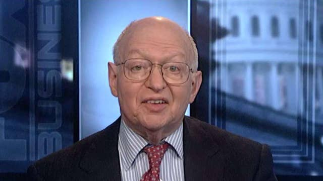 Feldstein: More than cut taxes needed to avoid increasing deficit